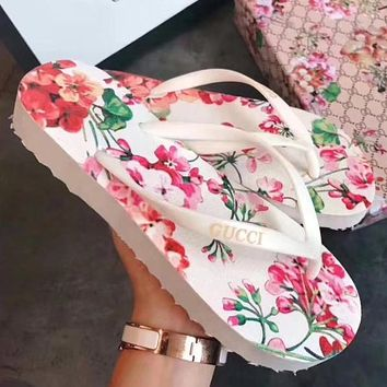 GUCCI Women Flower Leather Fashion Slipper Sandals Shoes