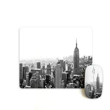 New York cityscape mouse with matching mouse pad