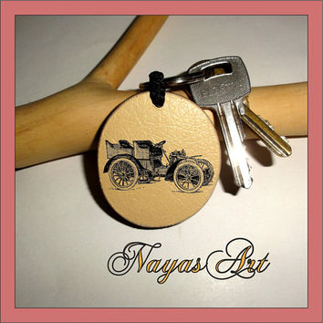 Personalized Keychain the best personalized romantic gifts - Monogram Keychain Wooden key fob. Custom Keychain Old Car - Friends - Wedding