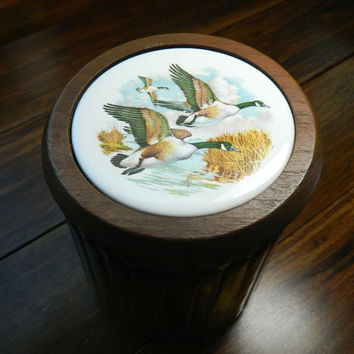 Vintage Glass Humidor for Pipe Tobacco - Decorated with Flying Geese on Lid - Aztec Clay Company