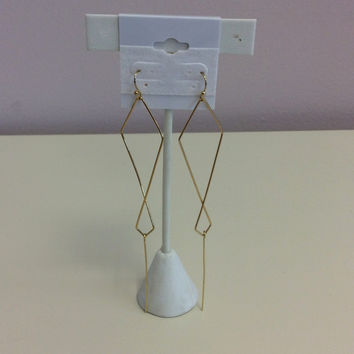 Live wire earring
