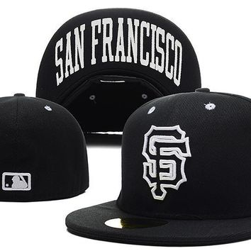 ESBON San Francisco Giants New Era MLB Authentic Collection 59FIFTY Hat Black-White