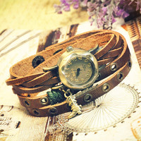 Wrist watch Handmade Flower Shape Wristwatches Vintage Ladies Girls Womens Mens Leather Bangle Bracelet Quartz Lucky Boot Pendant (WAT0006)