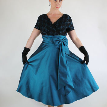 Vintage 80s does 50s Teal Blue Taffeta and Black Lace Party Dress