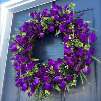 Spring Tulip Wreath, Purple Wreaths, Tulip Door Wreaths, Easter Wreaths, Spring Door Wreaths, Boxwood