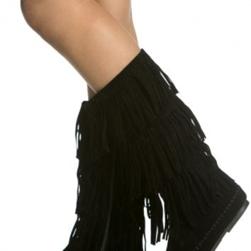 Black Faux Suede Fringe Calf Length Boots @ Cicihot Boots Catalog:women's winter boots,leather thigh high boots,black platform knee high boots,over the knee boots,Go Go boots,cowgirl boots,gladiator boots,womens dress boots,skirt boots.