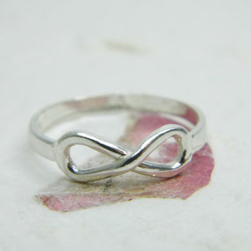 INFINITY sterling silver RING . gift for her, unique jewelry