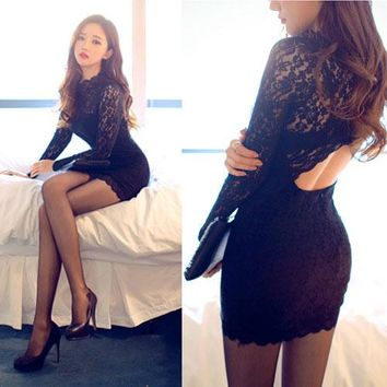 Lace Open Back Pure Color Long Sleeves Scoop Short Dress