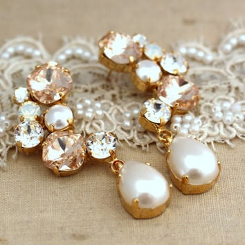 Pink Blush champagne pearl Chandelier earrings, Swarovki Statement earrings, Estate rhinestone earrings, Bridal earrings -  14 K Gold Plated