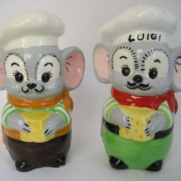 Vintage Porcelain Ceramic Chef Mice Salt and Pepper Shakers, Grated Cheese Shaker,Tall Salt n Pepper Shaker with Rubber Stopper,Cute Shakers