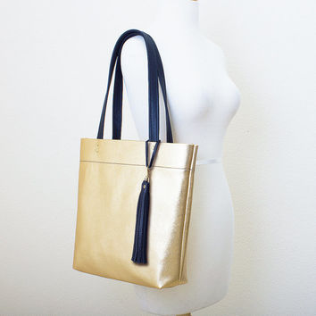 Metallic Gold and Black Leather Tote with Tassel Keychain Purse Charm, Everyday Shoulder Bag, Minimal Leather Tote