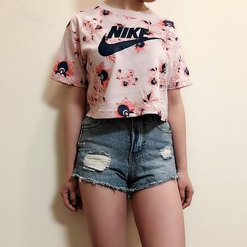 Nike Floral Print Cropped Top Tee T Shirt