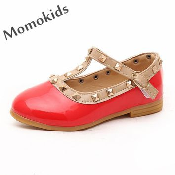 Fashsion rivets girls princess sandals shoes for baby child rivets shoes leather girls sandals flat with baby girl dance shoes