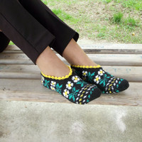 Black Yellow Green Slippers, Floral Slippers, Winter Fashion Hand Knit Socks Slipper for Adults, Crochet Womens Slippers, Knitted home Shoes