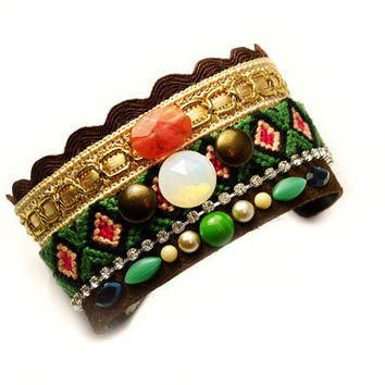 Bohemian Indian Aztec Vintage Rhinestone Crystal Gemstone Studded Gypsy Hippie Style Friendship Bracelet Cuff