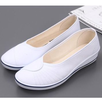 new women White nurse shoes size 678