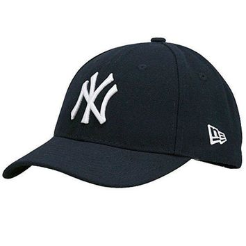 Mens New York Yankees The League 9FORTY Adjustable Game Cap