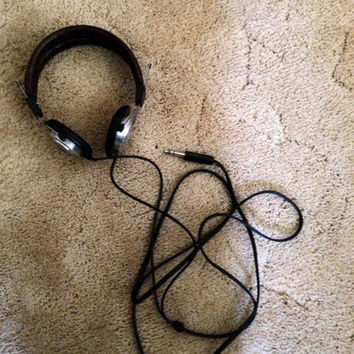 Project One, stereo 200, vintage, brown-headphones leather, music, 1980's, Top Strap, over ear