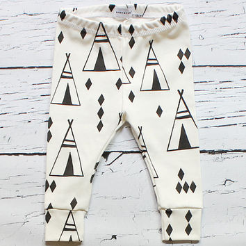 organic baby leggings, baby leggings, baby pants, organic baby clothes, teepee baby, baby girl, baby boy, gender neutral, binky monster