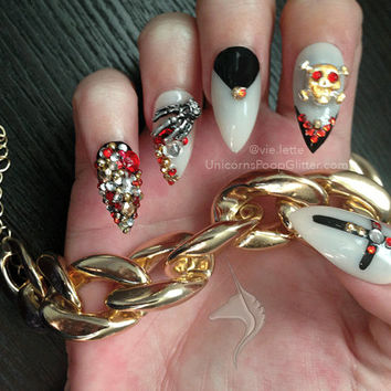 Pirate Treasure -Custom Made to Order Full Set of Artificial Nails - stiletto nail - fake nail - acrylic nail - false nail - artificial nail