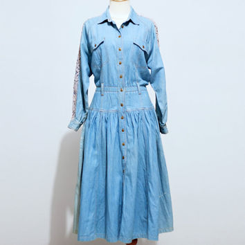 Vintage Denim Lace Trimmed Shirtdress by dariavintage on Etsy