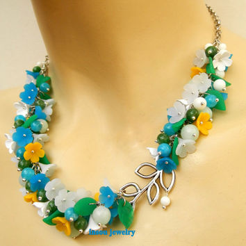 Forget me not - Colourful necklace - Spring necklace - Jade jewelry - Handmade polymer flowers