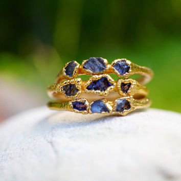 Raw Sapphire and Gold Stacking Ring / Montana Yogo Sapphire / Trinity Ring / Mother's Ring / September Birthstone / Raw Stone Ring