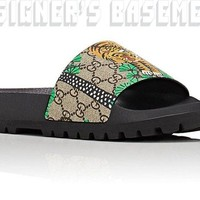 GUCCI mens 7G BENGAL TIGER GG Supreme slides sandals FLIP-FLOP shoes NIB Authent