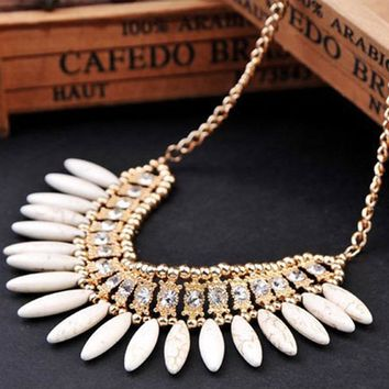 Statement Necklace 2016 New Women Fashion Retro Lovely Style Crystal Exquisite Tassel Choker Necklace Collier Femme