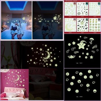 Moon Star Universe Planet Fluorescence Noctilucent Glow in Dark Luminous Vinyl Removable Nursery Kids Mural Wall Stickers Decal
