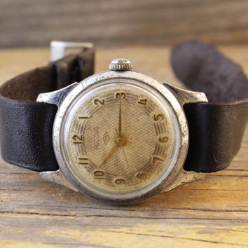 Vintage Rossia watch russian watch ussr cccp