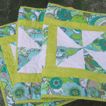 Quilted Table Runner Gray Blue Lime Pinwheels