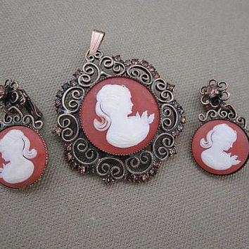 Vintage Cameo Brooch or Pendant and Earrings Set
