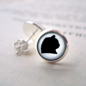 Small Cat Silhouette Silver Stud Earrings