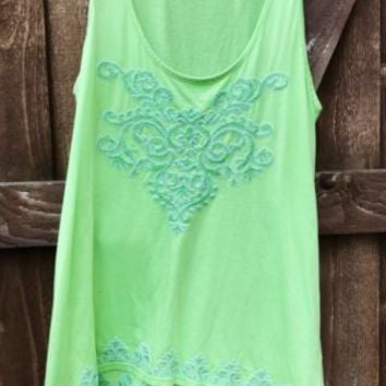 SOFT SURROUNDINGS Embroidered Tunic Tank Sleeveless Cotton Top