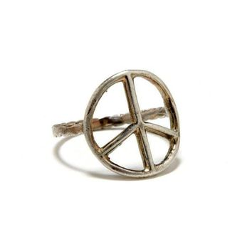 Vintage Silver Peace Sign Ring