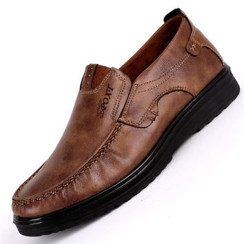 2018 New Comfortable Mens Casual Shoes Hot Sale Loafers Men Shoes Quality Leather Shoes Men Flats Moccasins Shoes Big Size 38-48