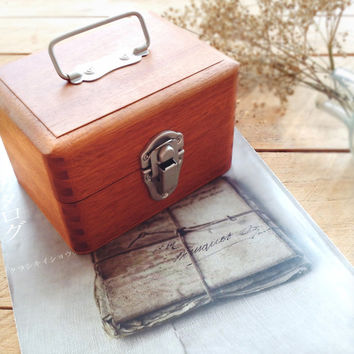 Classiky Mini Wooden Tools Box