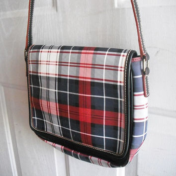 Vintage PLAID cross body bag ~ purse ~ Tommy Hilfiger Red Navy  Gray White Shoulder Bag