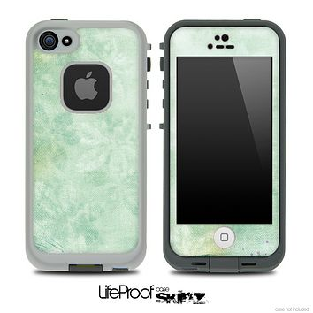 Vintage Subtle Green Leaves Skin for the iPhone 5 or 4/4s LifeProof Case