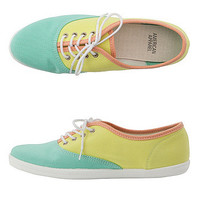 Unisex Color Block Tennis Shoe