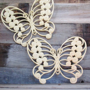 Vintage Butterfly Wall Hanging 2 Plastic Butterflies Wall Art Set of 3D Butterflies Burwood Products Vintage Cream Butterflies Retro Decor