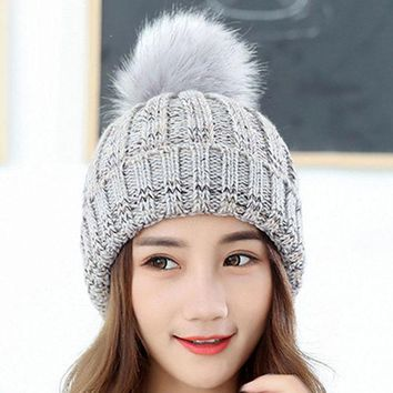 Winter Fur Pompom Hat For Women Cashmere Wool Cotton Hat Faux Raccoon Fur Pompom Beanies Gorros Fox Fur Bobble Caps