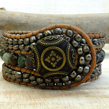 cuff leather wrap bracelet man and woman chic boho surfer zen earthly style with metallic glass Indian agate gemstone beads