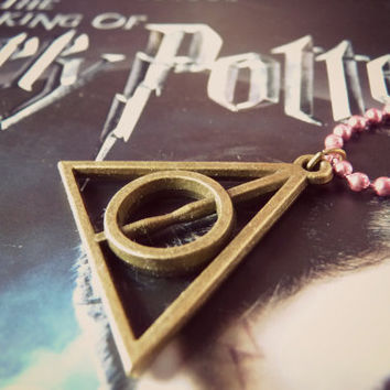 Harry Potter Deathly Hallows Metallic Necklace - Pink Metallic Ball Chain Long