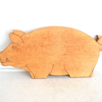 Vintage Pig Cutting Board - Wood Bread Board - Primitive Pig - Boar