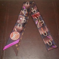 ONETOW Louis Vuitton TRIBUTE TO THE SPEEDY Bandeau Scarf w/ Box Reciept Dust Bag