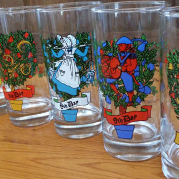 Vintage Twelve Days of Christmas Glasses Tumblers Replacements Great Graphics Retro Christmas Decor