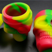 2 Pieces Per Order! Skull Screw Top Non-Stick Silicone Container