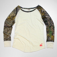 Luckless Clothing Co | Realtree Girl® Taylor Longsleeve